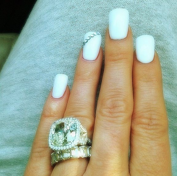 Kim Zolciak-Biermann's white hot 10-carat center bling