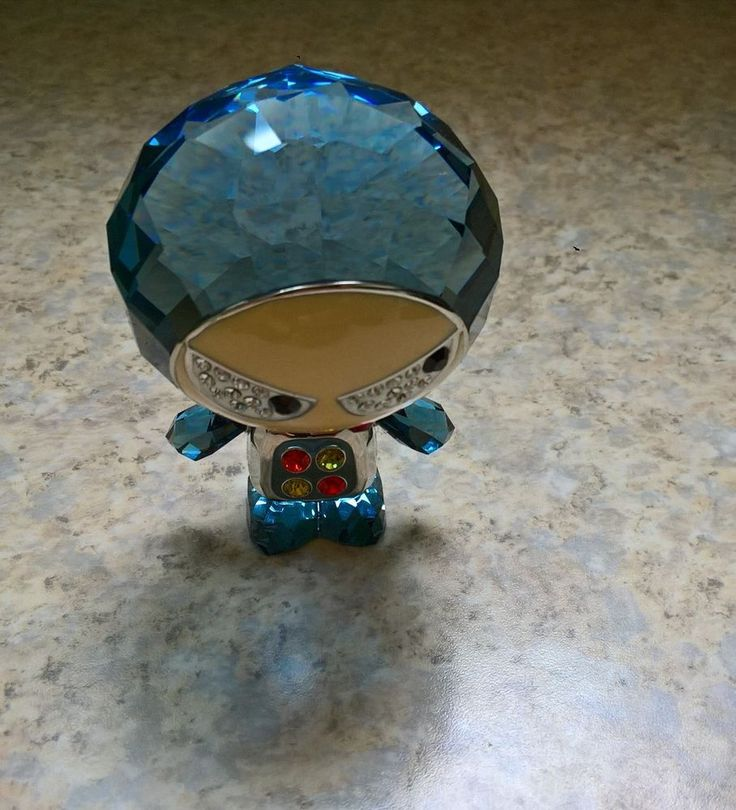 Swarovski Crystal Figurine Eliot Montana Lovlot Blue