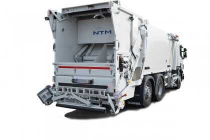 NTM KG-2K Śmieciarka dwukomorowa z jednym podzielonym odwłokiem i zbiornikiem na 1/3 i 2/3 do zbiórki dwóch frakcji odpadów jednocześnie. Refuse truck, rear loader, garbage vehicles, Kommunalfahrzeuge, Benne a ordures, Recolectores, camion, Carico posteriore