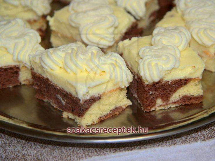 Kitűnő sütemény vaníliás krémmel, mascarponéval és tejszínhabbal.