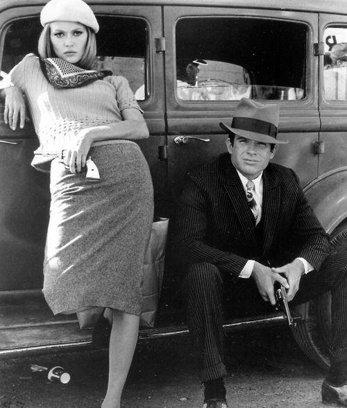 "Warren Beatty and Faye Dunaway in ""Bonnie & Clyde"", 1967. ☀"