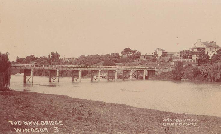 The New Bridge, Windsor, NSW showing Thompson Square c 1920