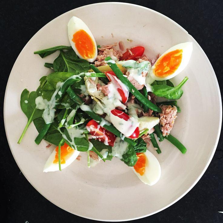 T U N A salad with egg, lemon/yoghurt dip, artichocke and all the things i like!