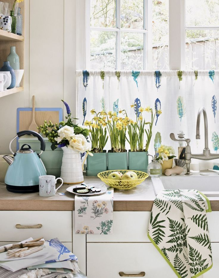 Make rooms sing with the colours and wildlife of our favourite season : )