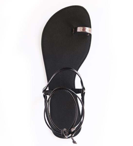 Sandale Nº 1 {Schwarz} || High Feels