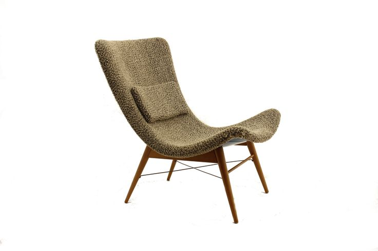 M. Navrátil laminátová křesla/Pair of fibreglass chairs by Navrátil