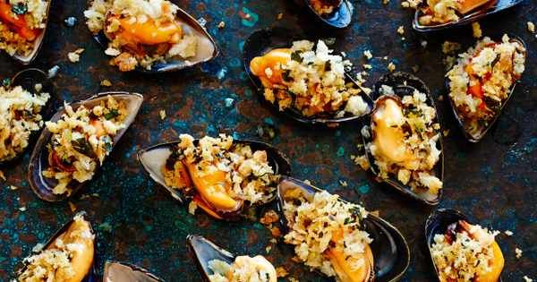 Fresh mussels are fantastic and to accompany their delightful flavour, here are our top 10 best ever mussel recipes that will not disappoint. Whether you are wishing your were sitting on the beach eating them or in fact reside near the seaside, these recipes will leave you nostalgic about coastal holidays.