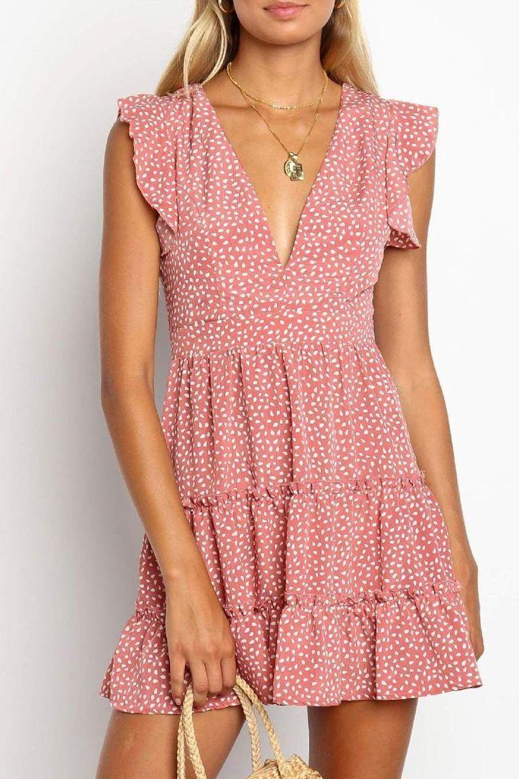 Short-Sleeved V-Neck Low-Cut Floral Ruffled Sleeve Dress