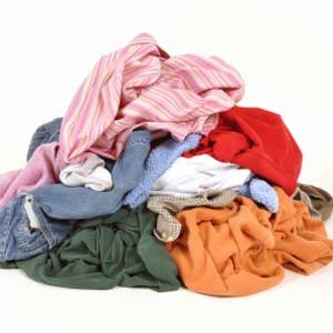 Get Rid of Yellow Stains  With time, white cotton and linen tend to turn yellow — hardly the fresh, crisp look for which cotton is famous. Let sodium come to the rescue by mixing ¼ cup salt and ¼ cup baking soda with 1 gallon water in a large cooking pot. Add the yellowed items and boil for 1 hour.: Laundry, Baking Soda