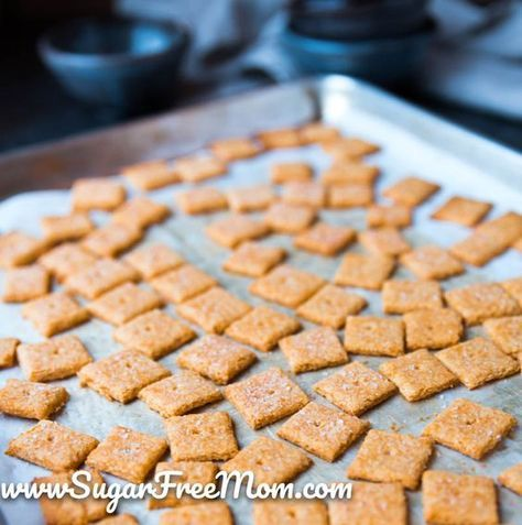 Coconut Flour Keto Cheese Crackers (Gluten Free, Low Carb)