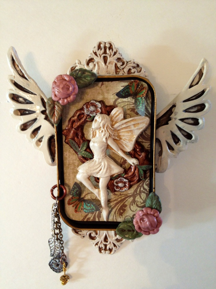 Faerie Altoid tin shrine. $20.00, via Etsy.