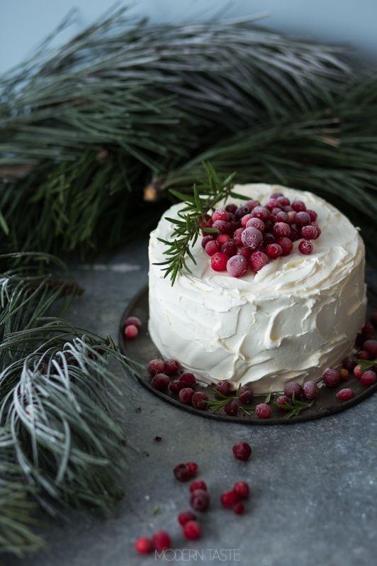 Tort żurawinowy z białą czekoladą | Modern Taste - fotografia kulinarna i przepisy