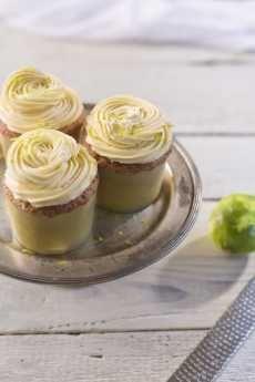 citrus-curd-cupcakes