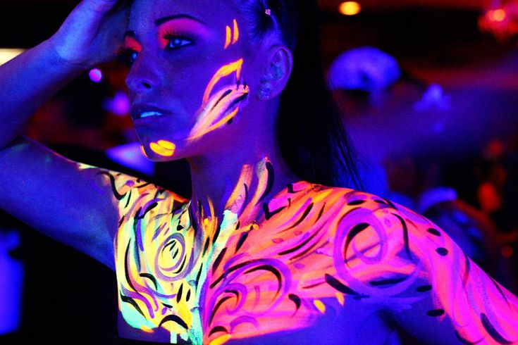 17+ best images about UV Blacklight paint on Pinterest ...