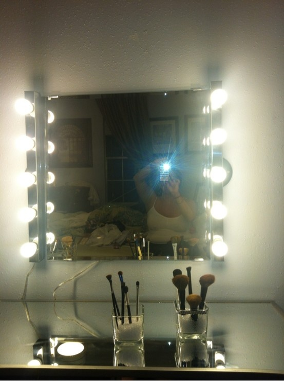 My DIY hollywood girl inspired mirror and vanity! Light bar and mirror from ikea, mirrored desk ...