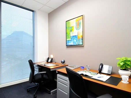 レンタルオフィス、サービスオフィス検索の「ワンストップオフィス.com」| リージャスアクア博多センター /