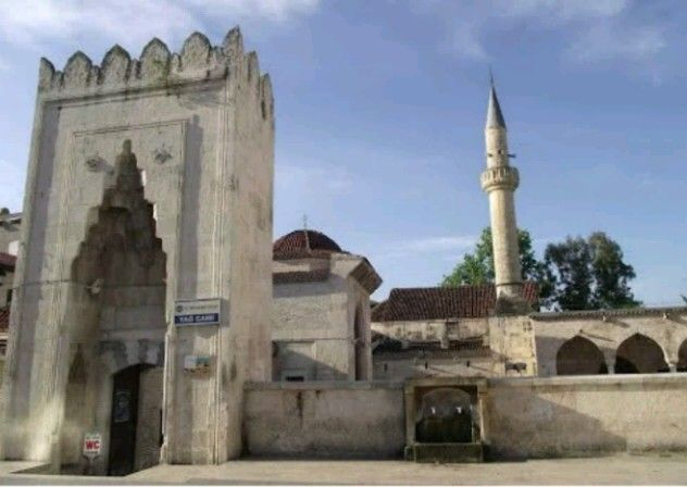 Old mosque-Eski Camii-Yağ camii-Constructive Ramazanoglu Halil Bey's son Piri Mehmet Pasha-Year built: 1501-Seyhan-Adana