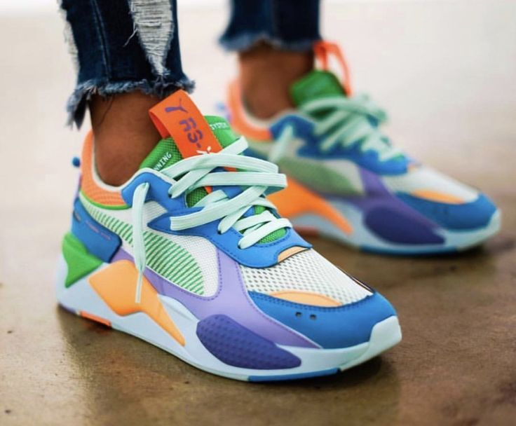 NIKE AIR MAX MULTICOLORED GREEN ORANGE | Tennis shoes outfit, Mens ...