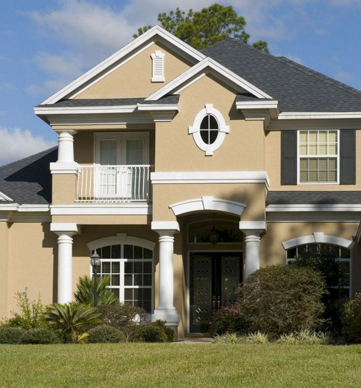 Top 24 Pretty Home With White And Brown House Exterior Combination That You Have To Try https://24spaces.com/home-apartment/24-pretty-home-with-white-and-brown-house-exterior-combination-that-you-have-to-try/