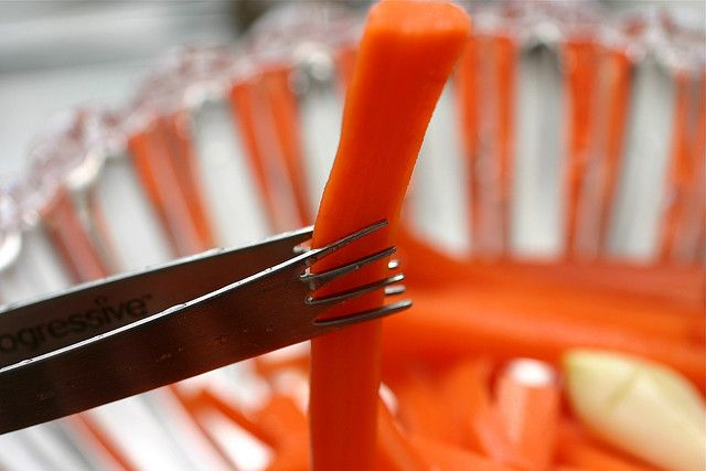 Pickled carrot sticks by smittenkitchen.com Gorgeous blog!