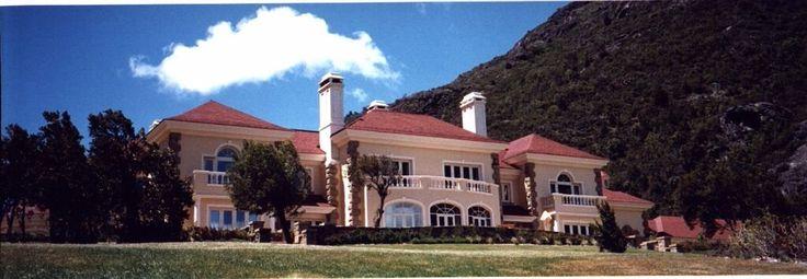 www.maurette.com.ar Facebook: Estudio Emilio Maurette Arquitectos #home #arquitecto #casa #Design #maurette #hiddenlake #lagoescondido #elbolson #patagonia #bariloche