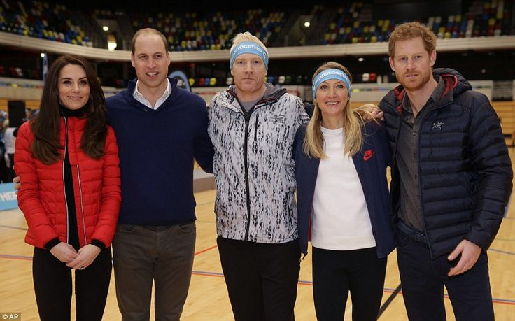 Their royal highnesses posed for photos with athletes Iwan Thomas, athlete Paula Radcliffe...