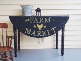 Love this primitive table - perfect for a side porch! The Wilderness Wife - www.wildernesswife.com #table #stencil #milkpaint