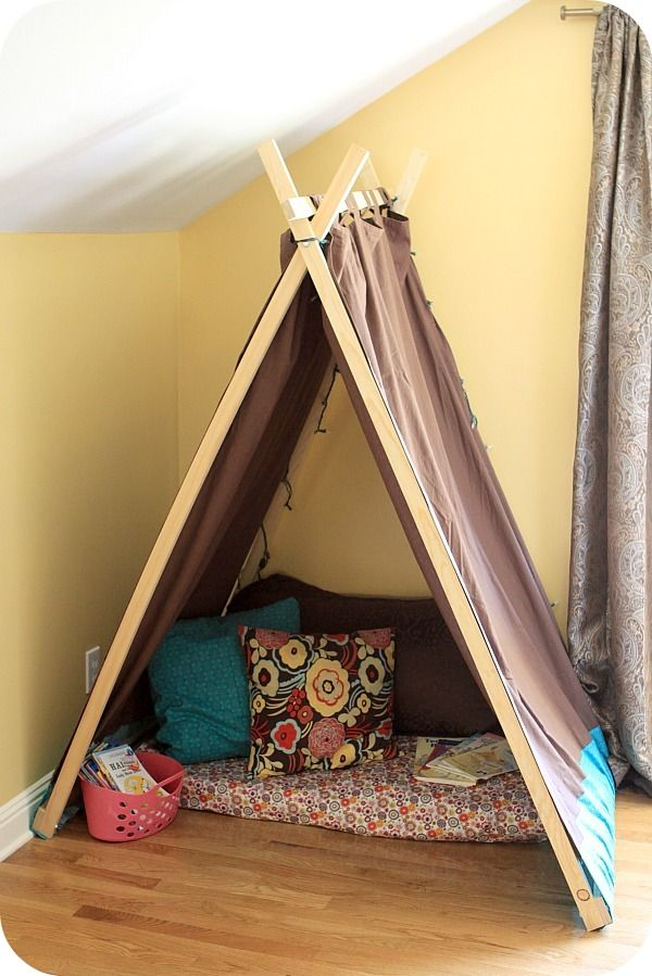 play tent/reading nook for the kids: Ideas, For Kids, Plays Tent, Kids Tent, Reading Nooks, Reading Tent, Books Nooks, Diy, Kids Reading