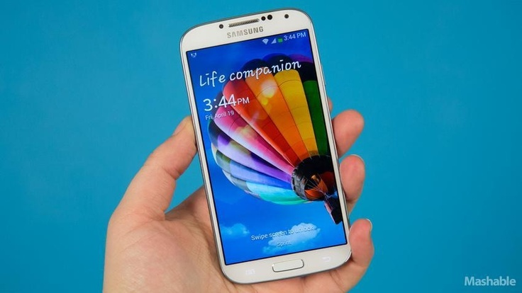 Samsung Galaxy S4 review via Mashable. Probably the best Smartphone ever!