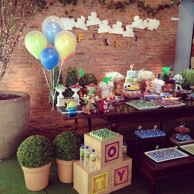 Voltamos!!! Com festa linda Toy Story do dia!