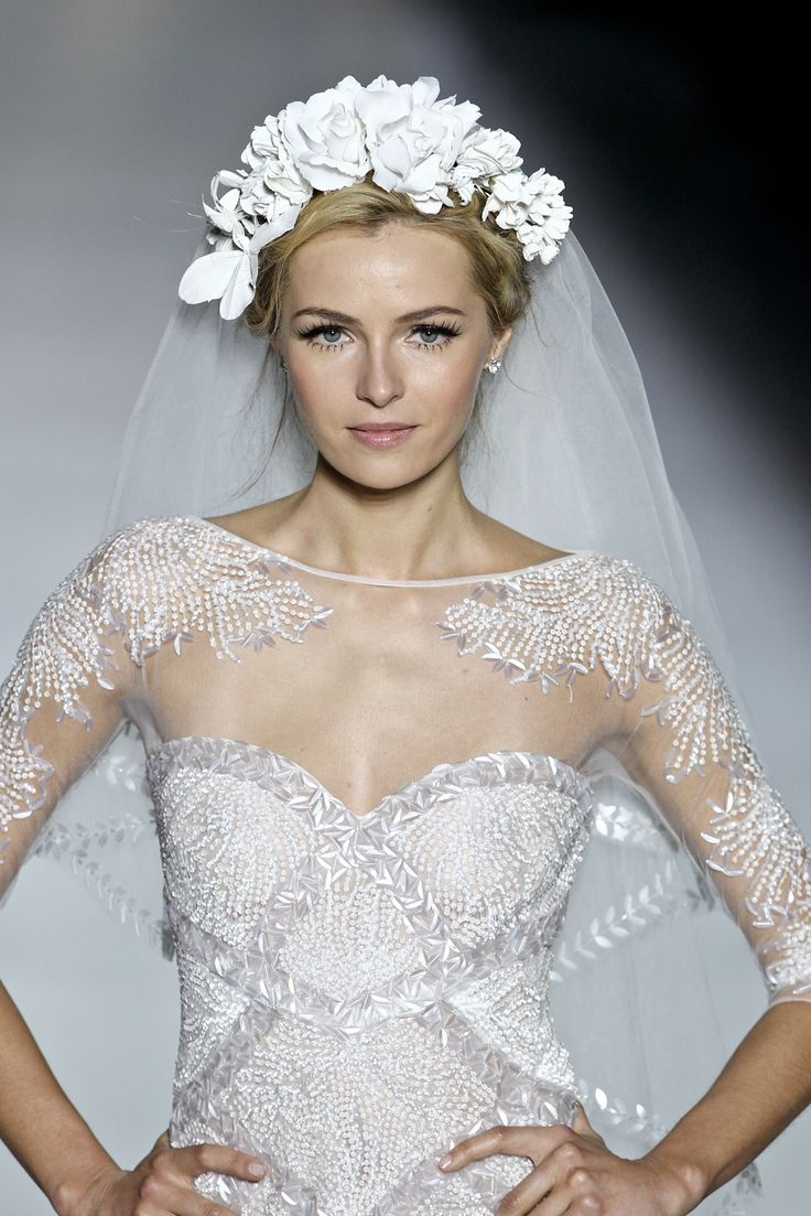 100 photos de la collection Pronovias 2014 | Femina