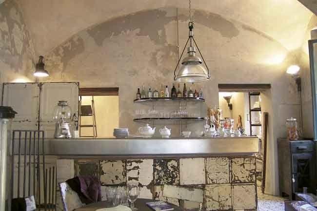 Ristorante stile shabby chic cerca con google for Negozi arredamento vintage milano