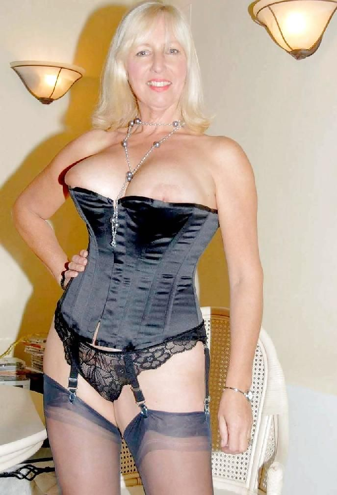 Pin By George Deros On Matures  Sexy Older Women, Corset -1551