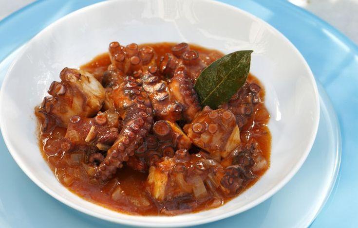 Χταπόδι κρασάτο στην κατσαρόλα - Συνταγές - Νηστήσιμες συνταγές | γαστρονόμος