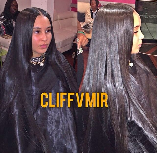 Sleek Flat Middle Part Hair Goals In 2019 Pretty Hair