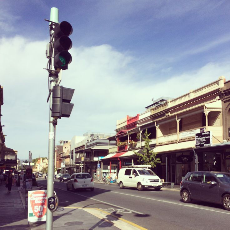 Afternoon stroll (Rundle St. - Adelaide, South Australia)