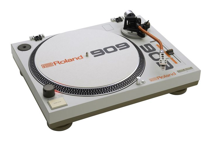 For 33 years the Roland TR-909 has been one of the most definitive sounds in…