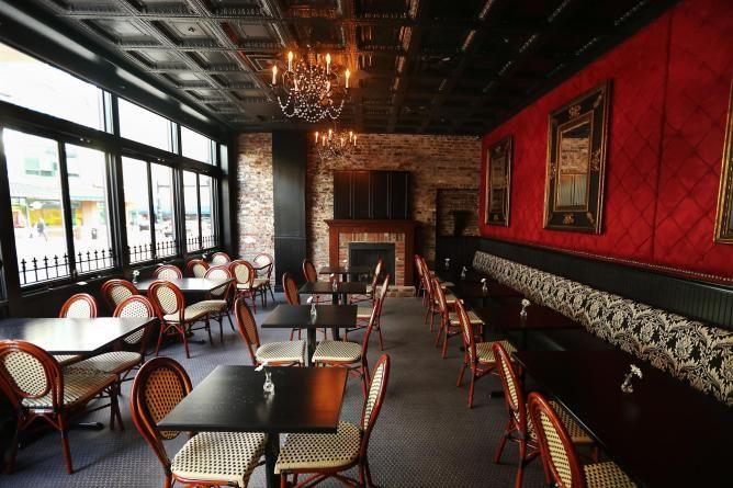 10 best local restaurants - Lexington KY  http://theculturetrip.com/north-america/usa/kentucky/articles/where-to-eat-in-lexington-ky-10-best-local-restaurants/