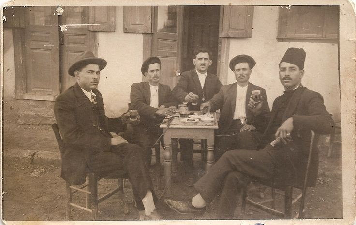 1925 Καφενείο στα Μέγαρα - Απόκριες Megara Greece