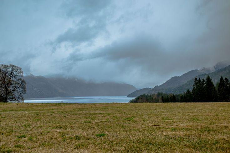 Towards the lake by Ole Morten Eyra (Kvitseidvannet)