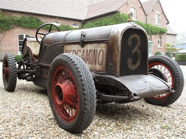 Midget car broadcaster 1935