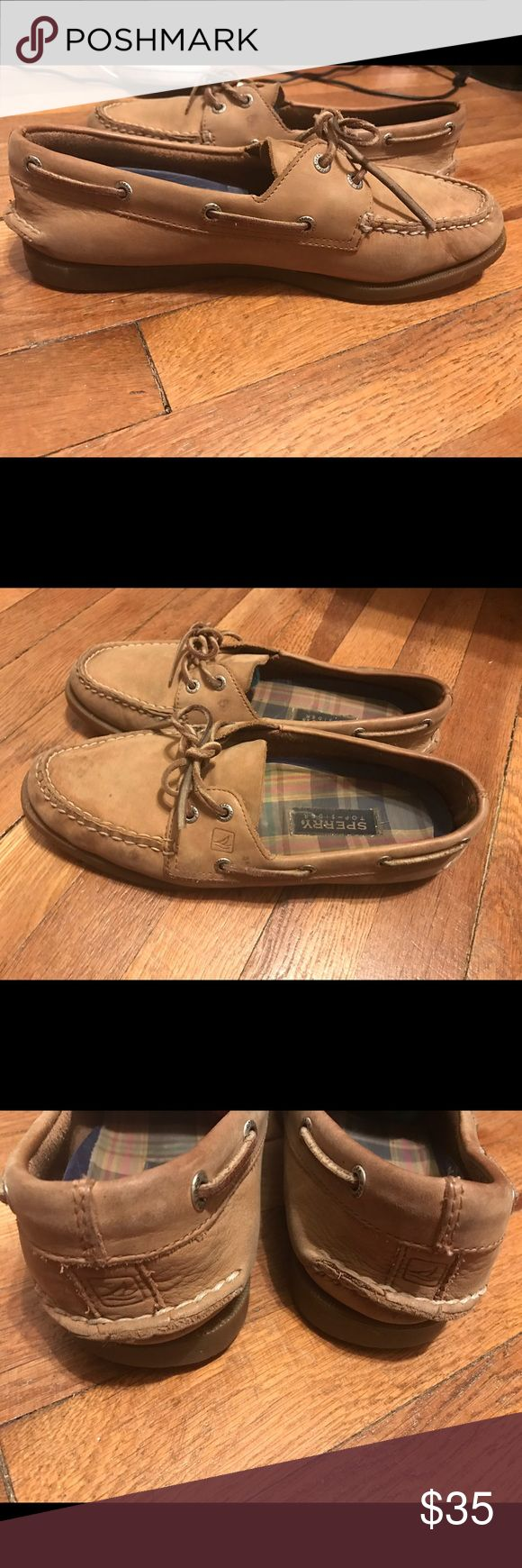 sperry women's authentic original 2 eye boat shoe I wore it a few times but they don't fit on me anymore. I bought this a year ago and they are clean , no scuffs, stains or dirt. I can lower prices , so make offers!! Sperry Top-Sider Shoes Sneakers