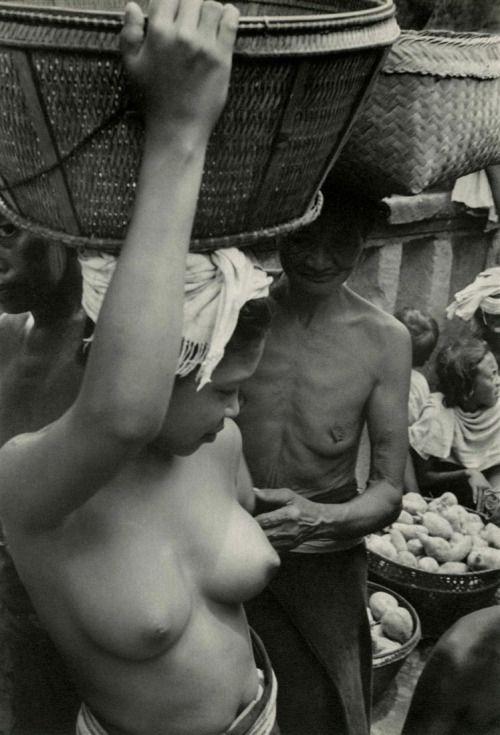 Henri Cartier-Bresson - Bali, Indonesia, 1950