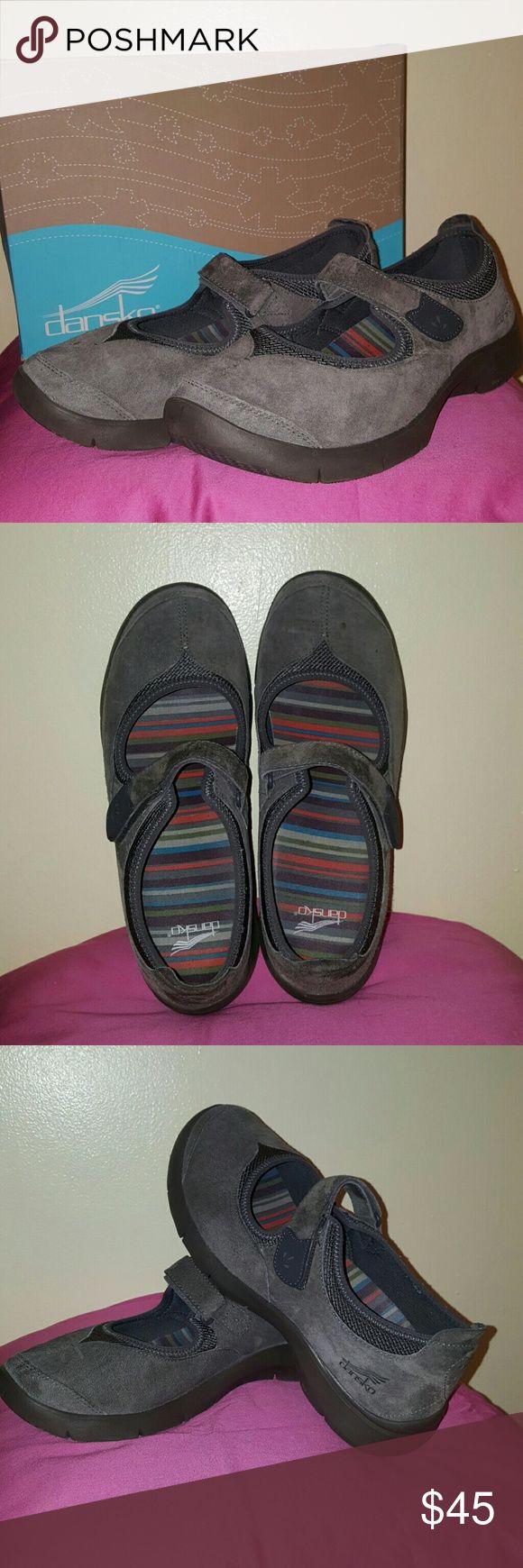 Shoe Danske Edda Suede Dansko Shoes Flats & Loafers
