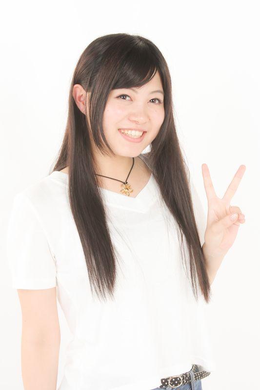ゲスト◇鈴木このみ(Konomi Suzuki)1996年生まれ、19歳。全日本アニソングランプリで優勝、畑亜貴リリックプロデュース「CHOIR JAIL」で15歳でデビュー。アニソン最大の祭典、Animelo Summer Liveにはデビューから4年連続で出演を果たす。「さくら荘のペットな彼女」ED「DAYS of DASH」、「ノーゲーム・ノーライフ」OP「Thisgame」など多くのTVアニメ主題歌を担当、4th「私がモテないのはどう考えてもお前らが悪い」ではヲタイリッシュデスポップバンド・キバオブアキバと、8th「Absolute Soul」ではアニソン界のレジェンド・奥井雅美と、TV東京の大人気バラエティ「ゴッドタン」の人気企画「マジうた選手権」ではマキタスポーツ扮するダークネス率いるV系ロックバンド「Fly or Die」と、様々なジャンル・アーティストとのコラボにも挑戦。プリリアントな声で楽曲ごとに魅せ続ける、進化するアニソンシンガー。