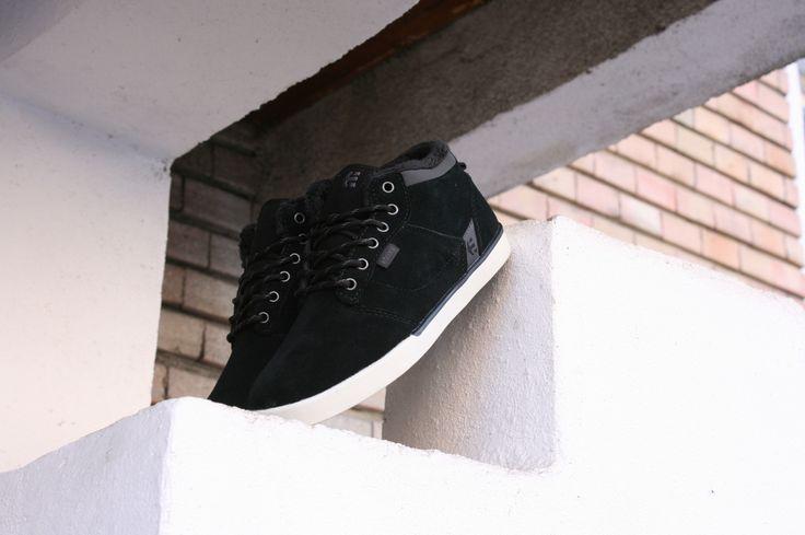 Etnies Jefferson Mid Black/Dark Grey #Etnies #EtniesJefferson #JeffersonMid #WinterShoes #BMXMagazin