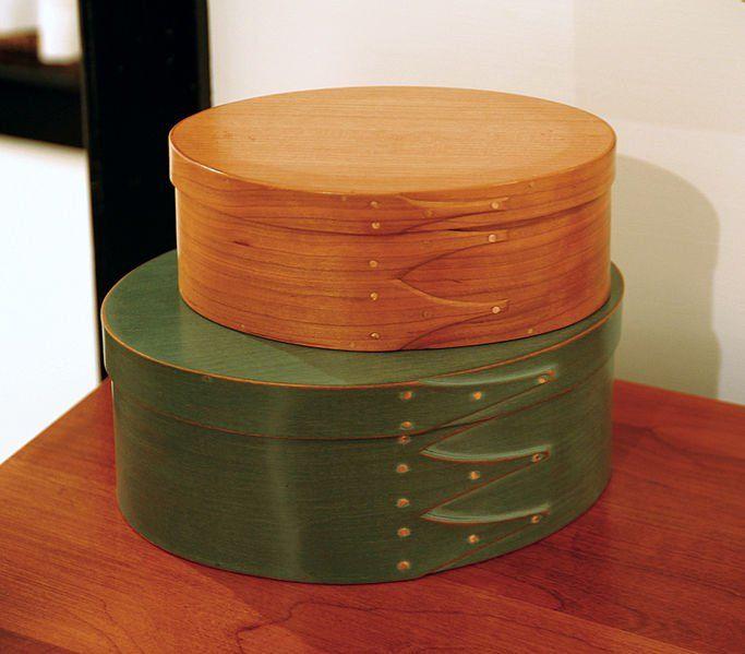 Shaker Möbel: Ein echter Shaker Tisch bei Mitglied allesda.