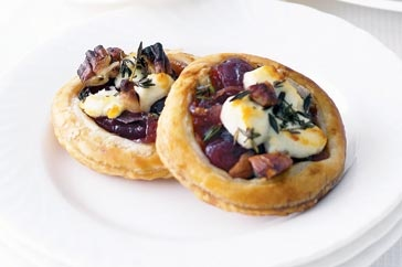 Mini goats cheese tartlets for entree