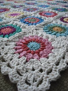 Purple Chair Crochet: Sunburst Granny Square