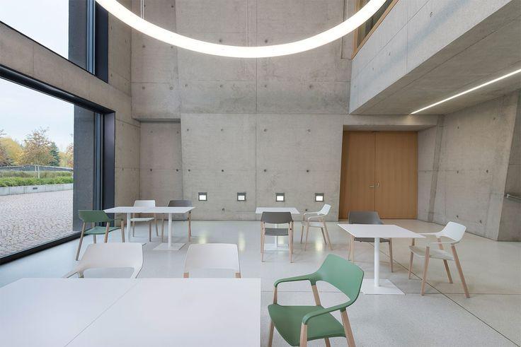 Zenith Interiors: Halm